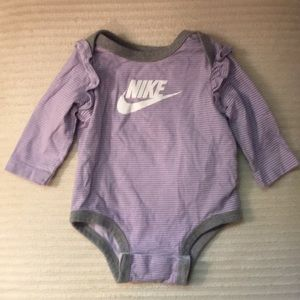 Nike Infant Girls Onesie 3 Months